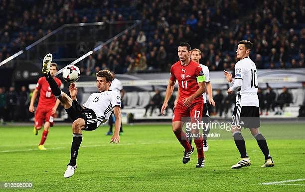 Thomas Mueller of Germany trys an overhead kick during the 2018 FIFA World Cup Qualifier match between Germany and Czech Republic at Volksparkstadion...