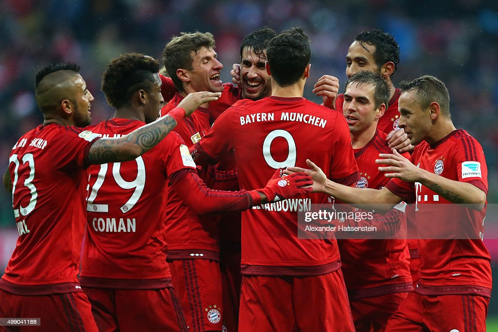 Thomas Mueller(3rd L) of Muenchen celebrate with his team mates the second team goal during the Bundesliga match between FC Bayern Muenchen and Herha BSC Berlin at Allianz Arena on November 28, 2015 in Munich, Germany.