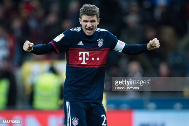 Thomas Mueller of Muenchen celebrates winning during the Bundesliga match between Eintracht Frankfurt and FC Bayern Muenchen at CommerzbankArena on...