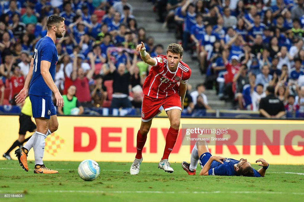 Thomas Muller #25 of FC Bayern Muenchen celebrates during the International Champions Cup match between Chelsea FC and FC Bayern Munich at National Stadium on July 25, 2017 in Singapore.