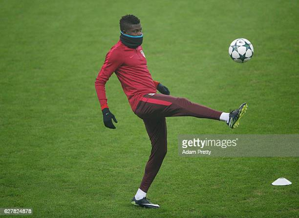 Thomas Partey juggles the ball during a Club Atletico de Madrid training session on the eve of their UEFA Champions League match against Bayern...