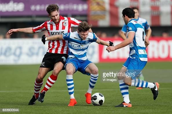 Thomas Verhaar of Sparta Rotterdam Django Warmerdam of PEC Zwolle Dirk Marcellis of PEC Zwolleduring the Dutch Eredivisie match between Sparta...