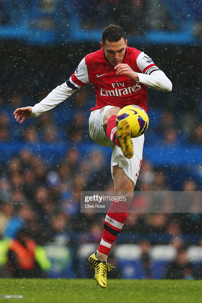 Thomas Vermaelen of Arsenal in action during the Barclays Premier League match between Chelsea and Arsenal at Stamford Bridge on January 20, 2013 in London, England.