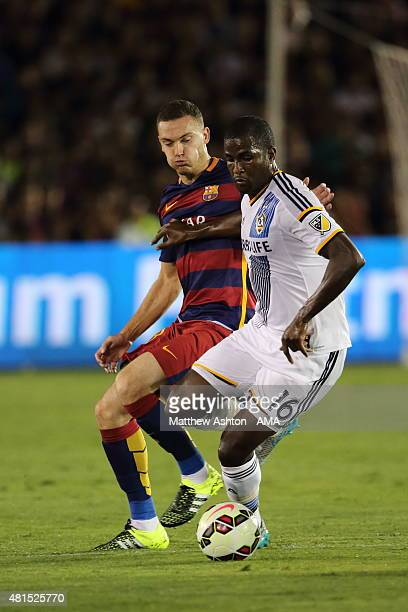 Thomas Vermaelen of FC Barcelona and Edson Buddle of LA Galaxy during the International Champions Cup 2015 match between FC Barcelona and Los Angeles...