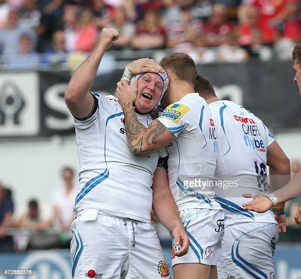 Thomas Waldrom of Exeter celebrates after scoring a second half try during the Aviva Premiership match between Saracens and Exeter Chiefs at Allianz...