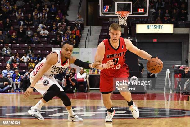 Thomas Walkup of the Windy City Bulls dribbles the ball against the Raptors 905 on March 30 2017 in Mississauga Ontario Canada NOTE TO USER User...