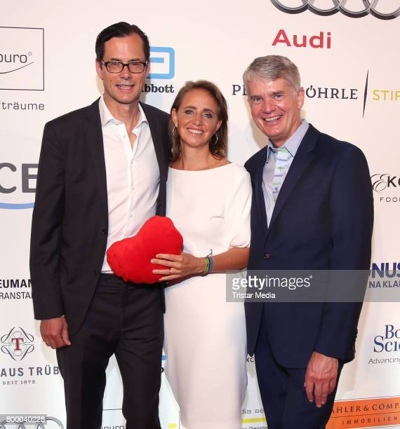 Thomas Wuelfing Jonica Jahr and heard surgeon Hermann Reichenspurner attend the Charity Evening 'Das kleine Herz im Zentrum' at Curio Haus on June 22...