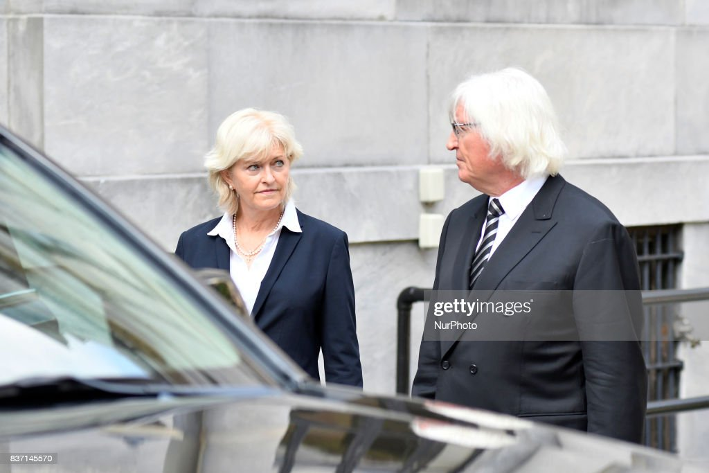 Thomas Mesereau and Kathleen Bliss, attorneys for US Actor Bill Cosby, departs a pre-trial hearing at Montgomery County Courthouse, in Norristown, on August 22, 2017.