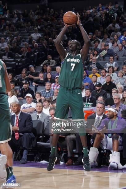 Thon Maker of the Milwaukee Bucks attempts a freethrow shot against the Sacramento Kings on November 28 2017 at Golden 1 Center in Sacramento...