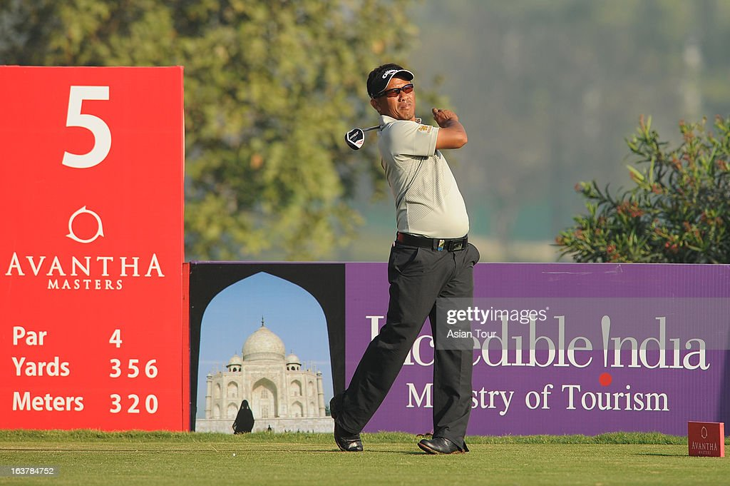 <a gi-track='captionPersonalityLinkClicked' href=/galleries/search?phrase=Thongchai+Jaidee&family=editorial&specificpeople=200733 ng-click='$event.stopPropagation()'>Thongchai Jaidee</a> of Thailand in action during day 3 of the Avantha Masters at Jaypee Greens Golf Course on March 16, 2013 in Noida, India.