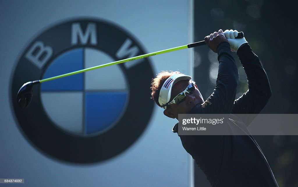 <a gi-track='captionPersonalityLinkClicked' href=/galleries/search?phrase=Thongchai+Jaidee&family=editorial&specificpeople=200733 ng-click='$event.stopPropagation()'>Thongchai Jaidee</a> of Thailand tees off on the 3rd hole during day one of the BMW PGA Championship at Wentworth on May 26, 2016 in Virginia Water, England.