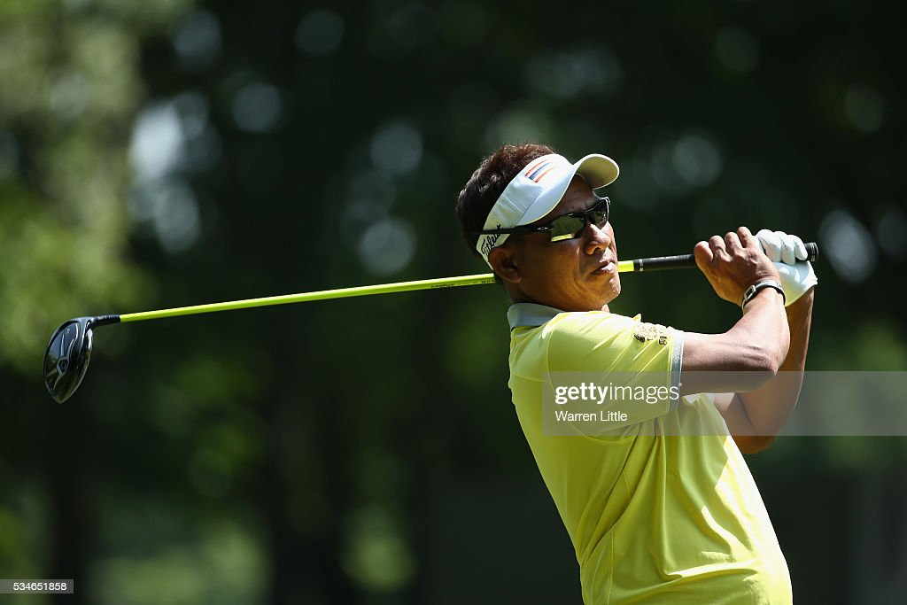 <a gi-track='captionPersonalityLinkClicked' href=/galleries/search?phrase=Thongchai+Jaidee&family=editorial&specificpeople=200733 ng-click='$event.stopPropagation()'>Thongchai Jaidee</a> of Thailand tees off on the 3rd hole during day two of the BMW PGA Championship at Wentworth on May 27, 2016 in Virginia Water, England.