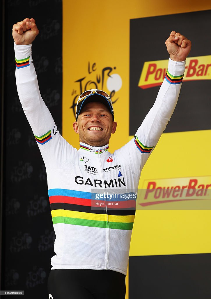 <a gi-track='captionPersonalityLinkClicked' href=/galleries/search?phrase=Thor+Hushovd&family=editorial&specificpeople=534471 ng-click='$event.stopPropagation()'>Thor Hushovd</a> of Norway and Team Garmin-Cervelo celebrates winning stage sixteen of the 2011 Tour de France from Saint-Paul-Trois-Chateaux to Gap on July 19, 2011 in Gap, France.