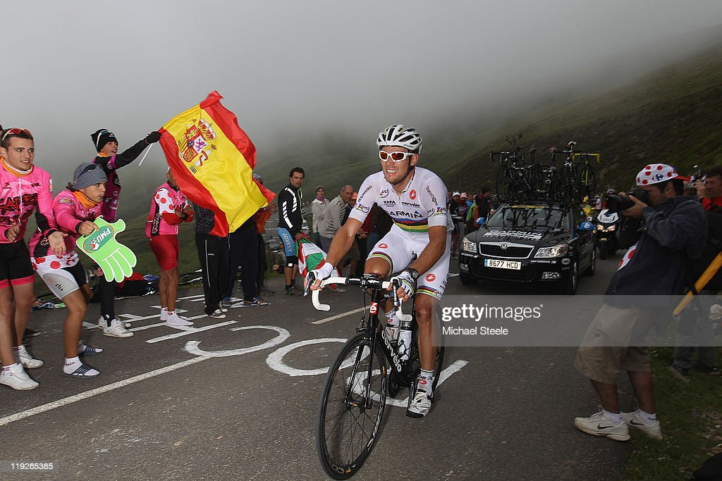 <a gi-track='captionPersonalityLinkClicked' href=/galleries/search?phrase=Thor+Hushovd&family=editorial&specificpeople=534471 ng-click='$event.stopPropagation()'>Thor Hushovd</a> of Norway and TeamGarmin-Cervelo climbs towards the summit of the Col d'Aubisque during Stage 13 of the 2011 Tour de France from Pau to Lourdes on July 15, 2011 in Lourdes, France.