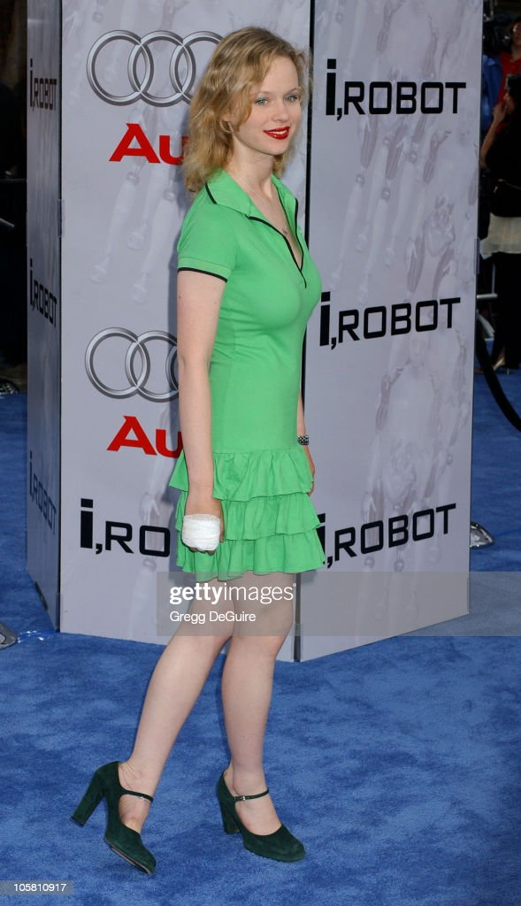 <a gi-track='captionPersonalityLinkClicked' href=/galleries/search?phrase=Thora+Birch&family=editorial&specificpeople=202930 ng-click='$event.stopPropagation()'>Thora Birch</a> during 'I, ROBOT' World Premiere - Arrivals at Mann Village Theatre in Westwood, California, United States.
