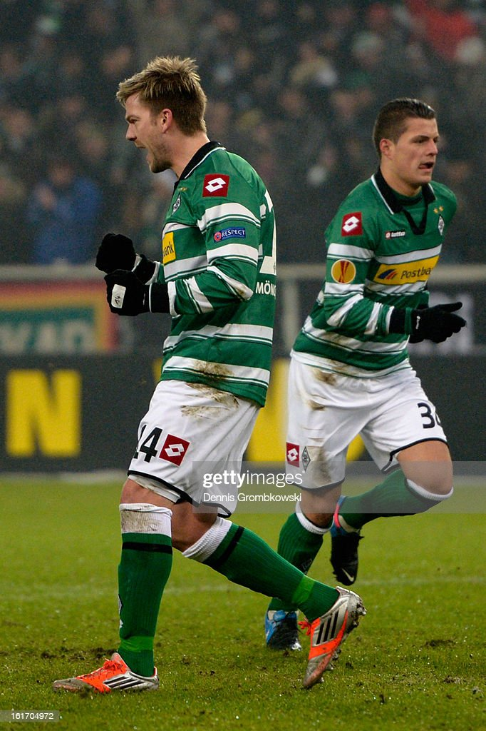 <a gi-track='captionPersonalityLinkClicked' href=/galleries/search?phrase=Thorben+Marx&family=editorial&specificpeople=764793 ng-click='$event.stopPropagation()'>Thorben Marx</a> of Moenchengladbach celebrates after scoring his team's second goal during the UEFA Europa League round of 32 first leg match between VfL Borussia Moenchengladbach and S.S. Lazio at Borussia Park Stadium on February 14, 2013 in Moenchengladbach, Germany.