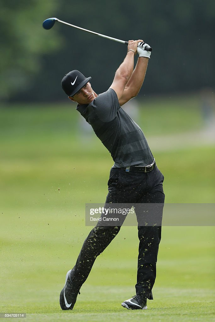 <a gi-track='captionPersonalityLinkClicked' href=/galleries/search?phrase=Thorbjorn+Olesen&family=editorial&specificpeople=6545194 ng-click='$event.stopPropagation()'>Thorbjorn Olesen</a> of Denmark hits his 2nd shot on the 17th hole during day two of the BMW PGA Championship at Wentworth on May 27, 2016 in Virginia Water, England.