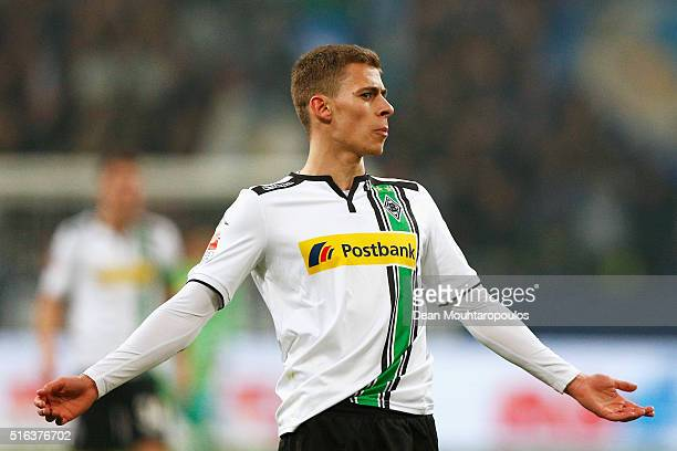 Thorgan Hazard of Borussia Monchengladbach looks on during the Bundesliga match between FC Schalke 04 and Borussia Moenchengladbach held at...