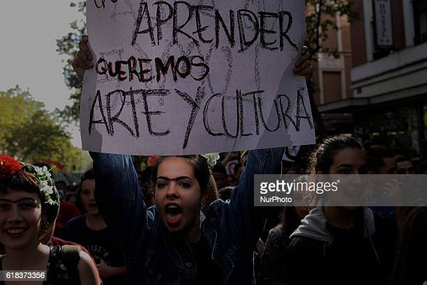 Thousand of Spanish students against the education reforms of the Popular Party in Madrid on October 26th 2016 Demonstration organized by the...