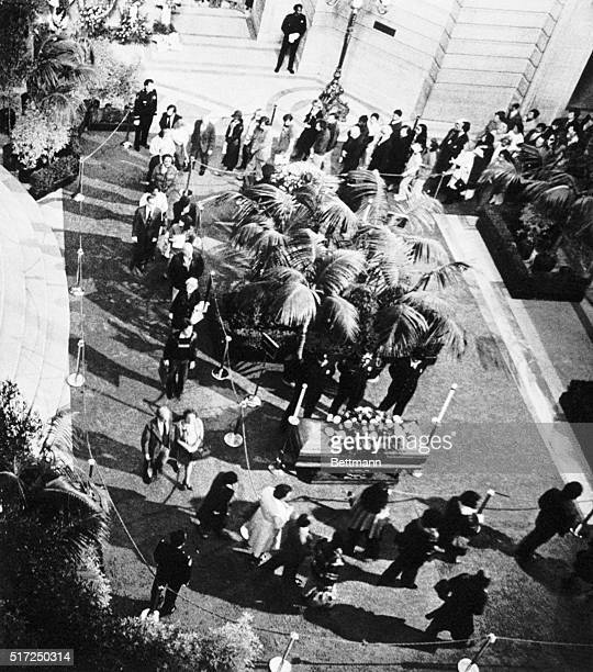 Thousands of mourners filed past the caskets of the late Mayor George Moscone and Supervisor Harvey Milk in rotunda of teh City Hall after memorial...