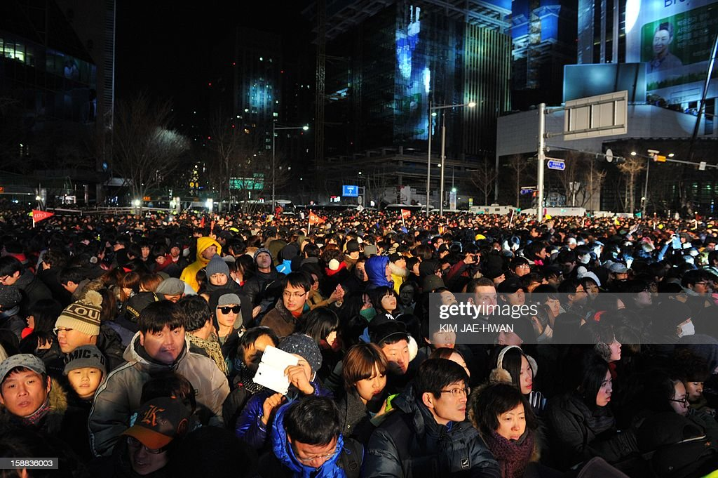 Thousands of South Korean attend the New Years countdown ceremony in central Seoul on January 1, 2013