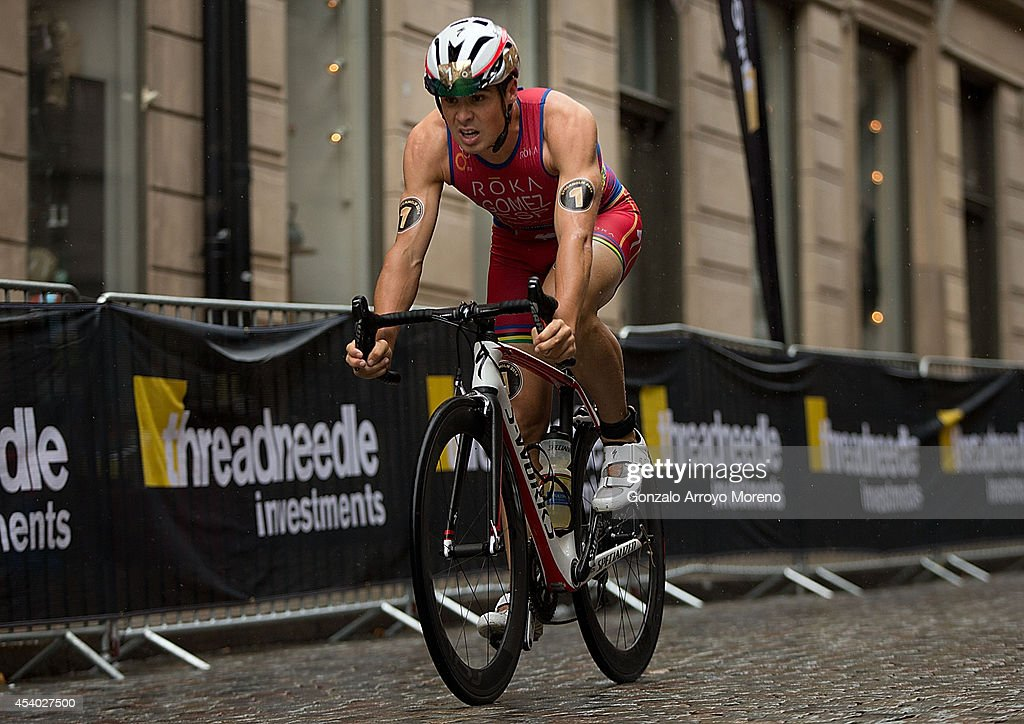 Noya Spain  city pictures gallery : Threadneedle Leader winner Javier Gomez Noya from Spain competes on ...