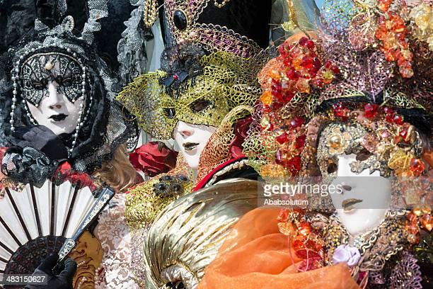 Tre splendide maschere di carnevale di Arsenale di Venezia, Italia, Europa
