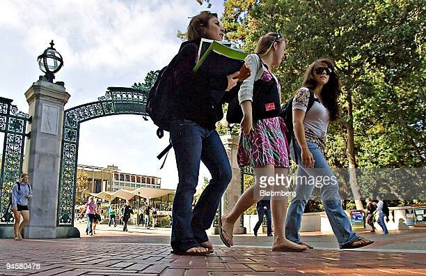 Three female students walk on the University of California at Berkeley campus in Berkeley California US on Tuesday Sept 18 2007
