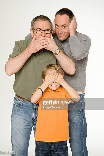 Trois générations d'hommes