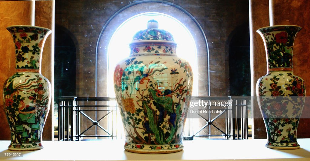 Three Ming vases are displayed in a glass case at the Fitzwilliam Museum of the University of Cambridge on November 16 2007 in Cambridge England The...