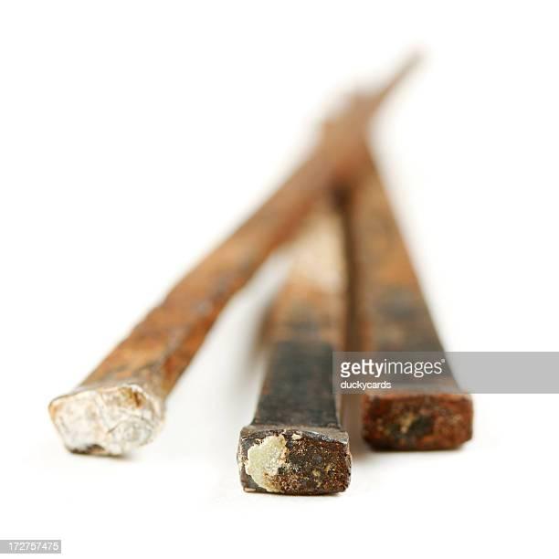 Tre unghie isolato su sfondo bianco