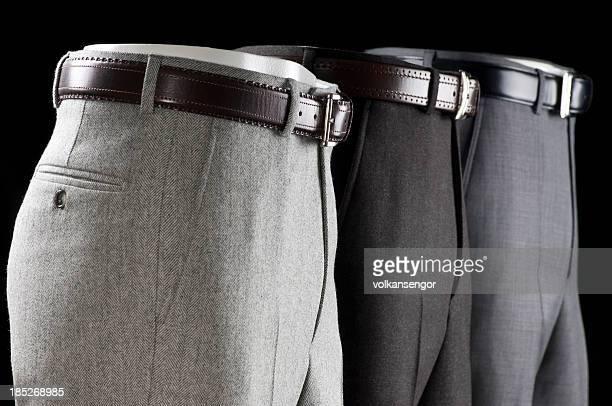 Trois pantalon
