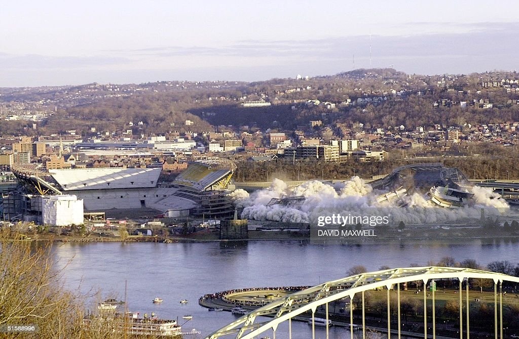 Three rivers stadium in pittsburgh pennsylvania is for Cost of building a house in pa