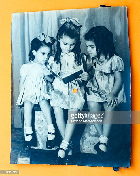 Three sisters 1944 studio portrait Clothings and way of life in Cuba back in the first half of the XX century