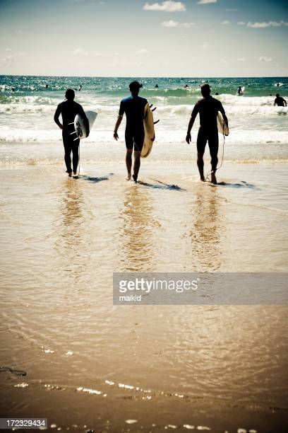 Trois superbes ton surfeur