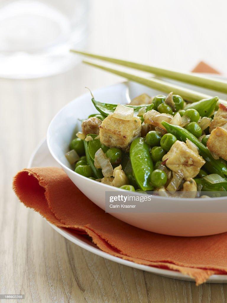 Three-Pea, Cashew & Tofu Stir-Fry : Stock Photo