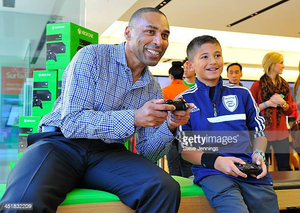 """ThreeTime Super Bowl Champion Roger Craig coaches consumers on Xbox One title """"Forza Motorsport 5"""" on Sunday Nov 24 to celebrate the launch of Xbox..."""