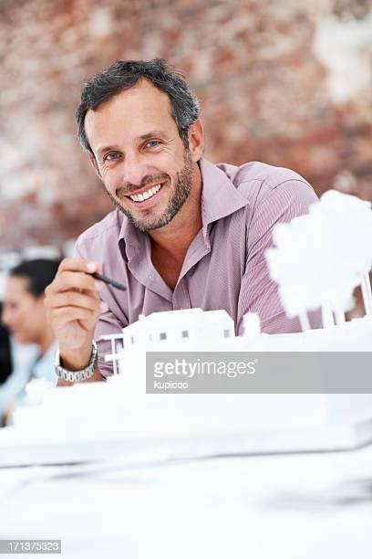 Begeistert über die Ergebnisse seiner Planung