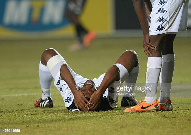 Bloem Celtic Vs Bidvest Wits Detail: Thulani Hlatshwayo Stock Photos And Pictures