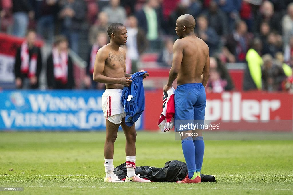 Thulani Serero of Ajax, Kamohelo Mokotjo of FC Twente during the Dutch Eredivisie match between Ajax Amsterdam and FC Twente at the Amsterdam Arena on May 01, 2016 in Amsterdam, The Netherlands