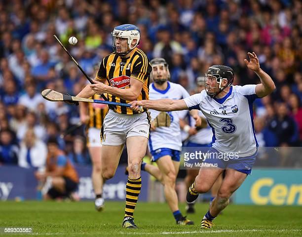 Thurles Ireland 13 August 2016 TJ Reid of Kilkenny in action against Jake Dillon of Waterford during the GAA Hurling AllIreland Senior Championship...