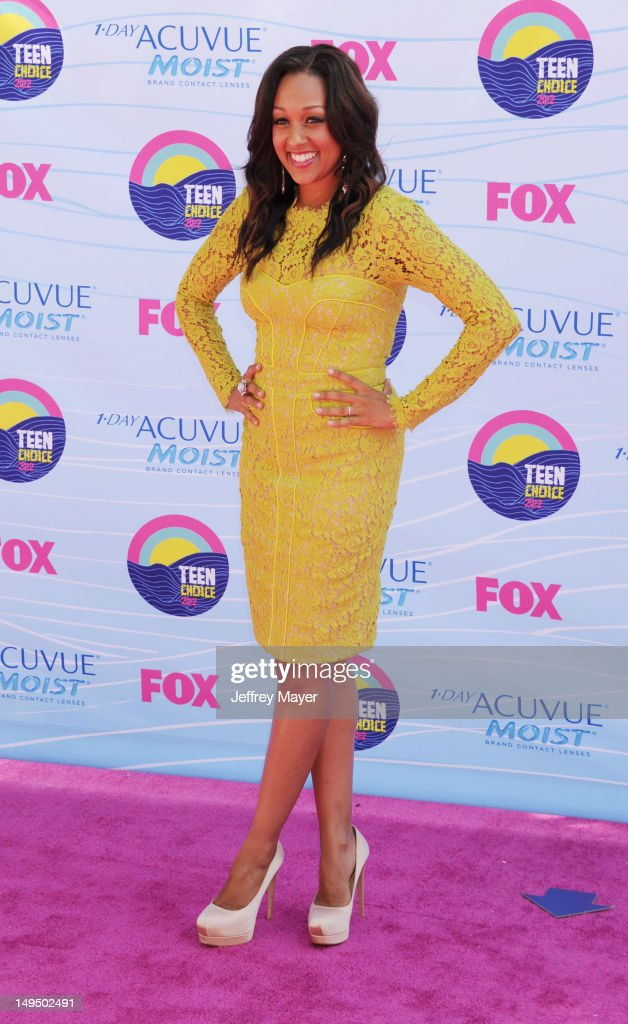 Tia Mowry arrives at the 2012 Teen Choice Awards at Gibson Amphitheatre on July 22, 2012 in Universal City, California.