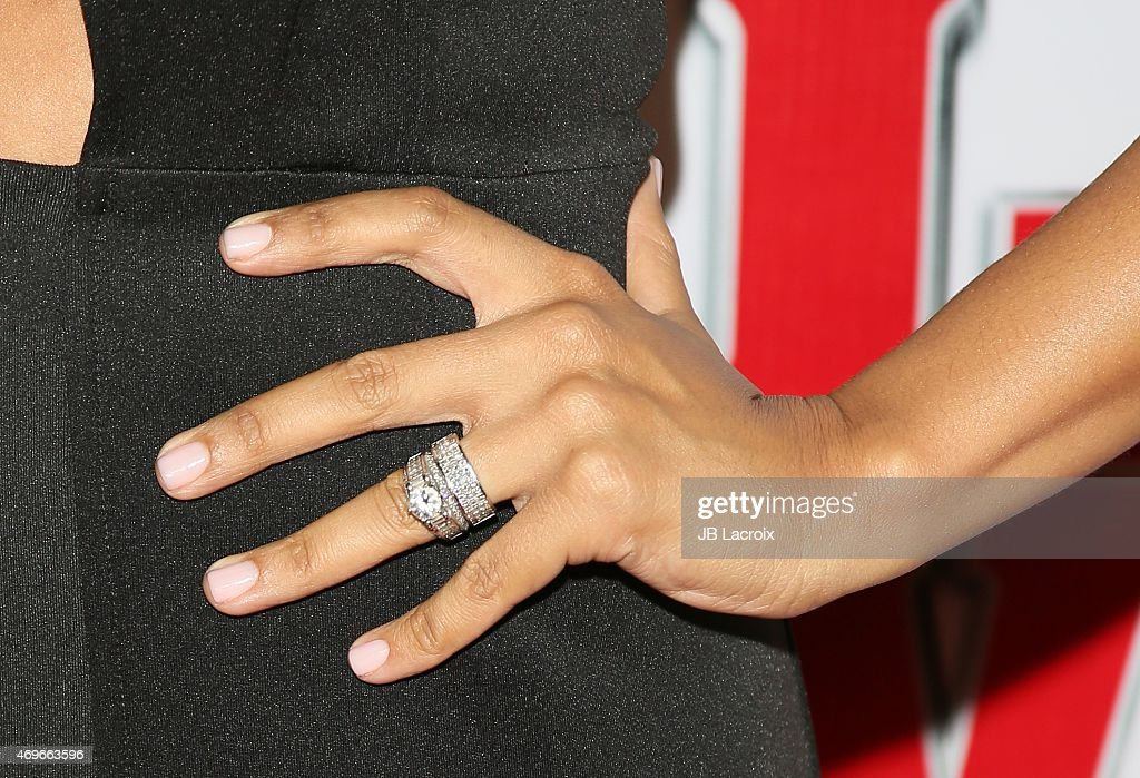 Tia Mowry Ring Stock Photos and Pictures Getty Images