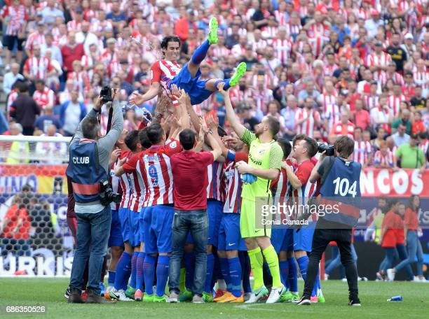 Tiago #5 of Atletico de Madrid at the end of The La Liga match between Club Atletico de Madrid and Athletic Club at Vicente Calderon on May 21 2017...