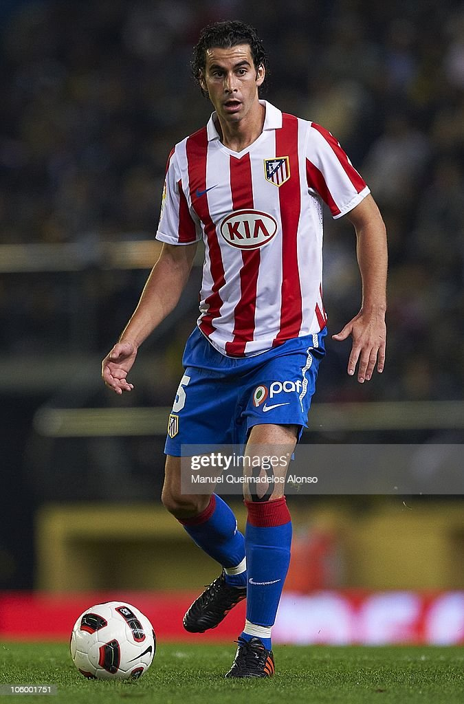 Tiago Mendes of Atletico de Madrid in action during the La Liga match between Villarreal and Atletico de Madrid at El Madrigal on October 24, 2010 in Villarreal, Spain. Villarreal won 2-0.