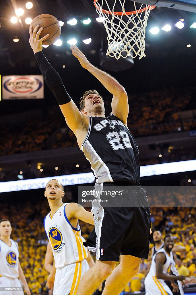 Tiago Splitter #22 of the San Antonio Spurs drives to the basket against the Golden State Warriors in Game Six of the Western Conference Semifinals during the 2013 NBA Playoffs on May 16, 2013 at Oracle Arena in Oakland, California.