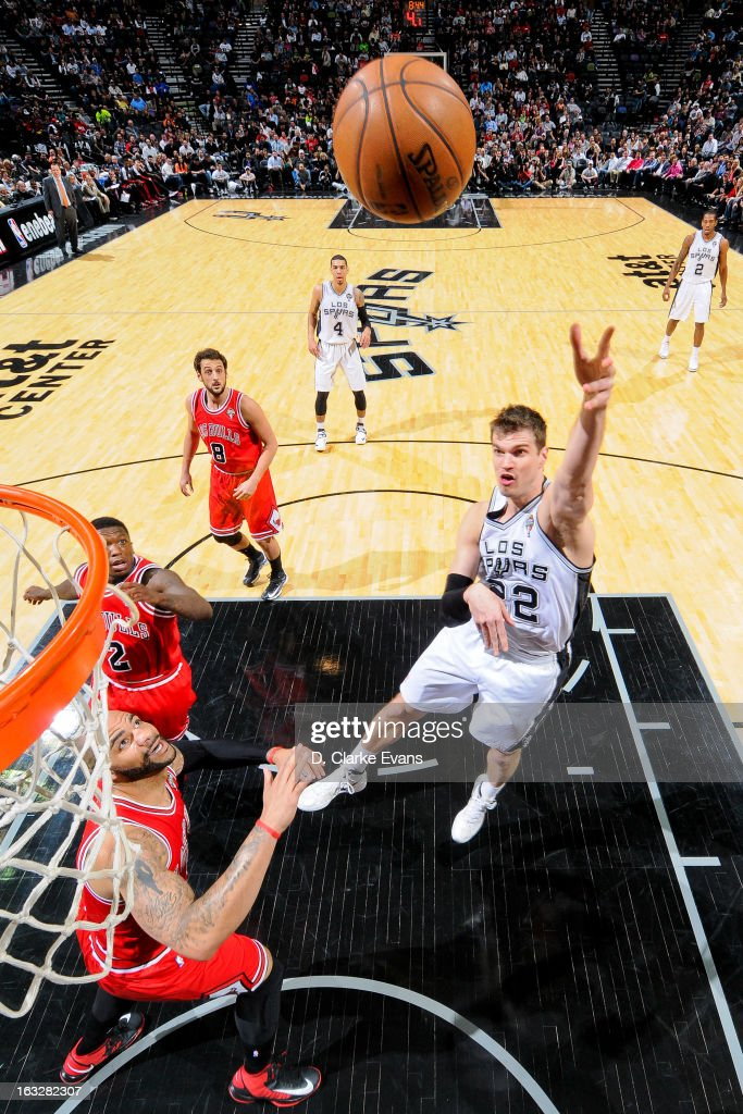 Tiago Splitter #22 of the San Antonio Spurs shoots in the lane against the Chicago Bulls on March 6, 2013 at the AT&T Center in San Antonio, Texas.
