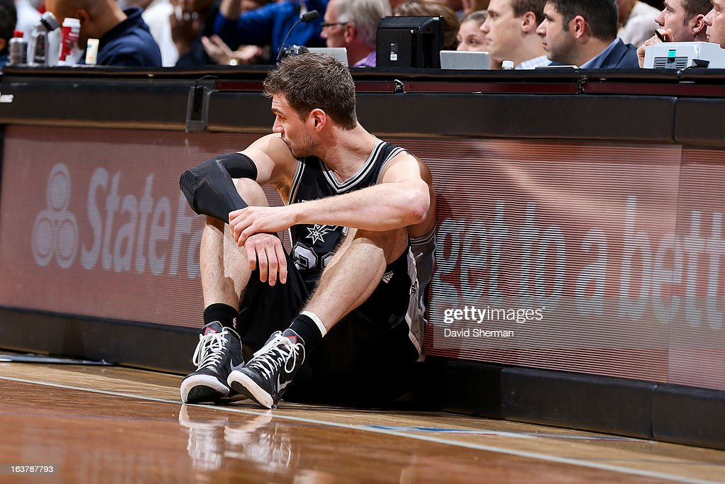 <a gi-track='captionPersonalityLinkClicked' href=/galleries/search?phrase=Tiago+Splitter&family=editorial&specificpeople=208218 ng-click='$event.stopPropagation()'>Tiago Splitter</a> #22 of the San Antonio Spurs waits to check into a game against the Minnesota Timberwolves on March 12, 2013 at Target Center in Minneapolis, Minnesota.