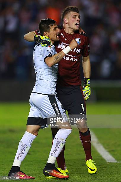 Tiago Volpi and Edgar Benitez of Queretaro celebrate after winning the final match between Queretaro and Chivas as part of the Copa MX Apertura 2016...