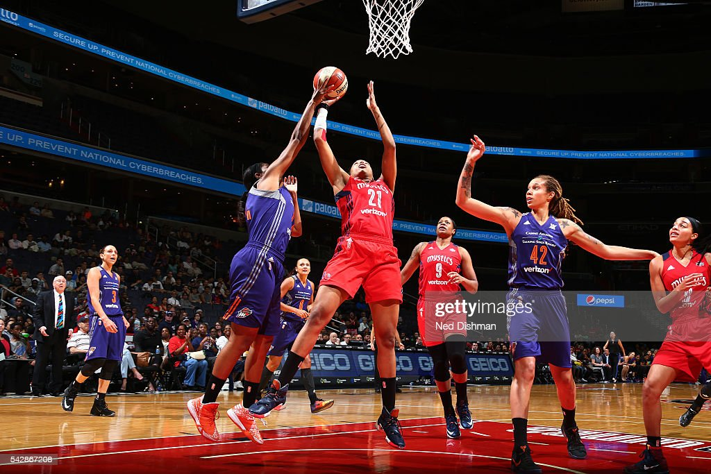 <a gi-track='captionPersonalityLinkClicked' href=/galleries/search?phrase=Tianna+Hawkins&family=editorial&specificpeople=6559085 ng-click='$event.stopPropagation()'>Tianna Hawkins</a> #21 of the Washington Mystics shoots the ball during the game against the Phoenix Mercury during a WNBA game on June 24, 2016 at Verizon Center in Washington, DC.